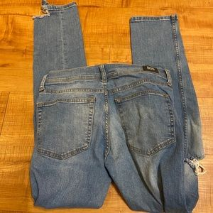 BDG Urban Outfitters distressed skinny jeans 30
